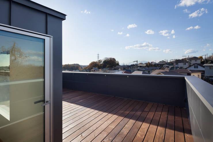 屋上テラス: HAN環境・建築設計事務所が手掛けたテラス・ベランダです。