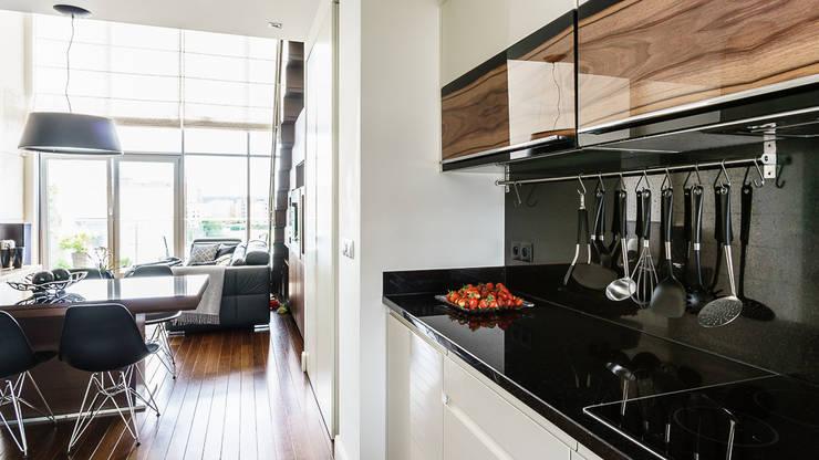 LOFT – ALTORIA – GDYNIA: styl , w kategorii Kuchnia zaprojektowany przez Anna Serafin Architektura Wnętrz,Nowoczesny