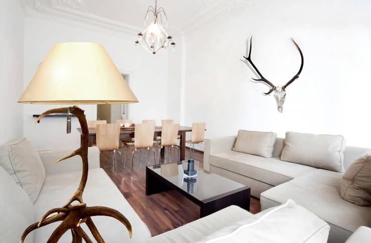 Raumgestaltung: ausgefallene Wohnzimmer von Wohnwild GmbH