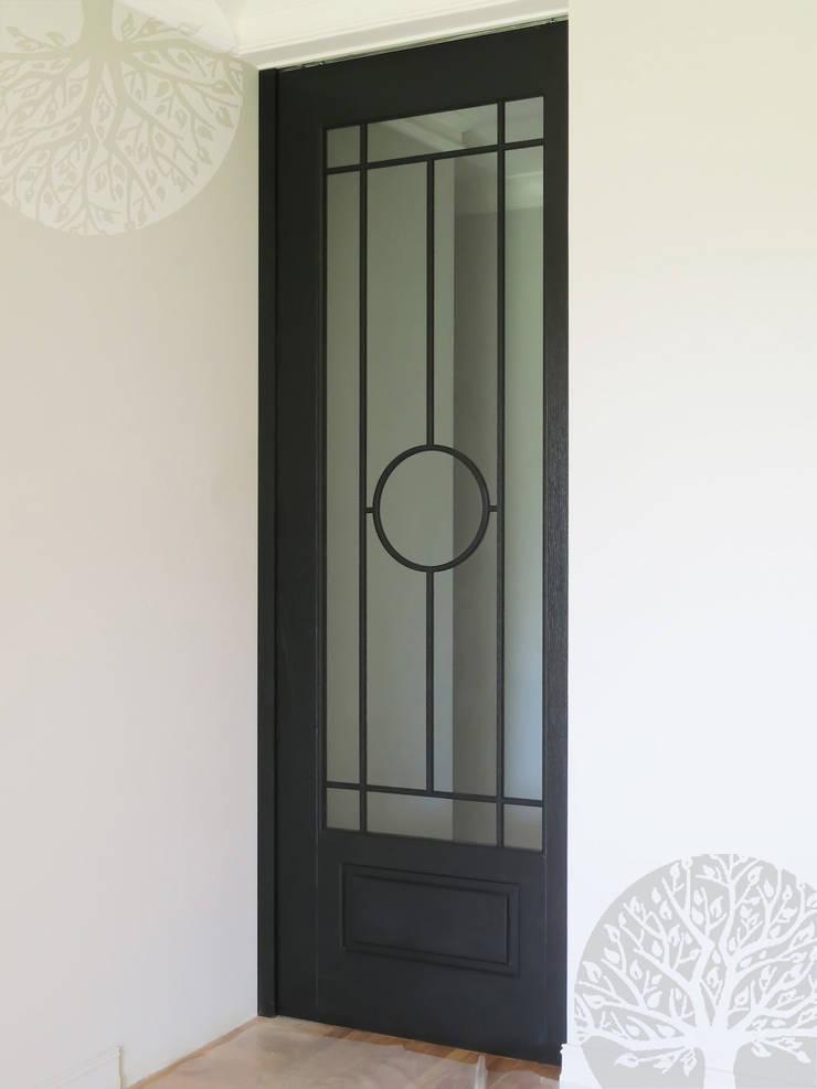 Раздвижные двери в Москве: Окна и двери в . Автор – Lesomodul