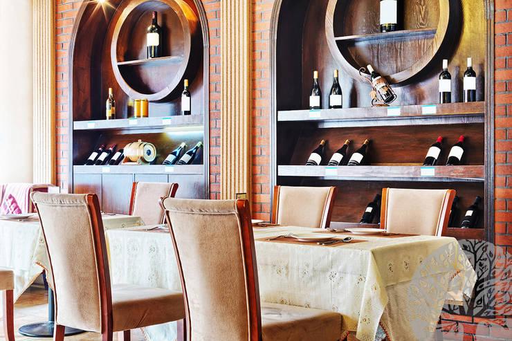 Винные полки под вино: Офисные помещения и магазины в . Автор – Lesomodul