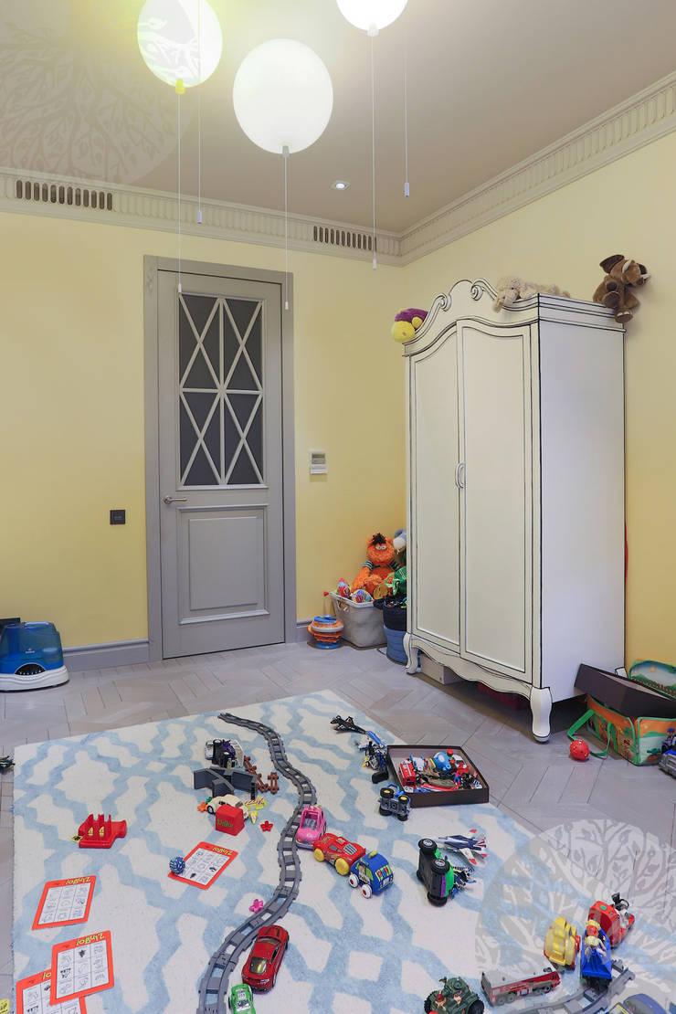 Двери из массива дерева и дверь-книжка: Детская комната в . Автор – Lesomodul
