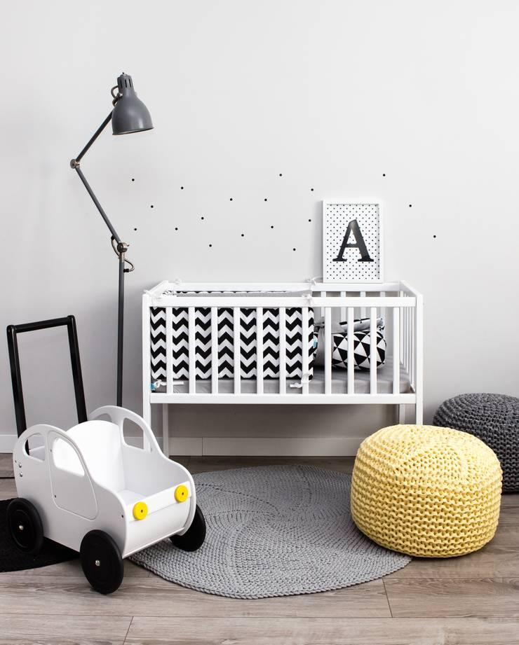 Ochraniacz w zygzaki: styl , w kategorii Pokój dziecięcy zaprojektowany przez Dots My Love