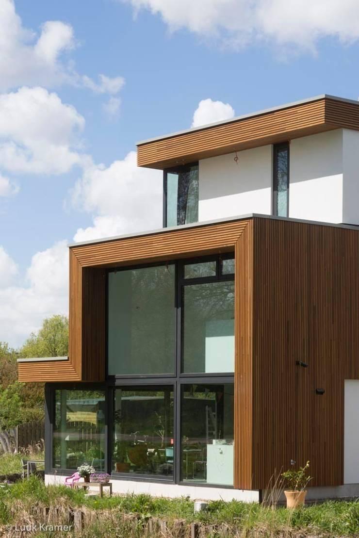 Villa's Gele Lis_02:  Huizen door HOYT architecten, Modern