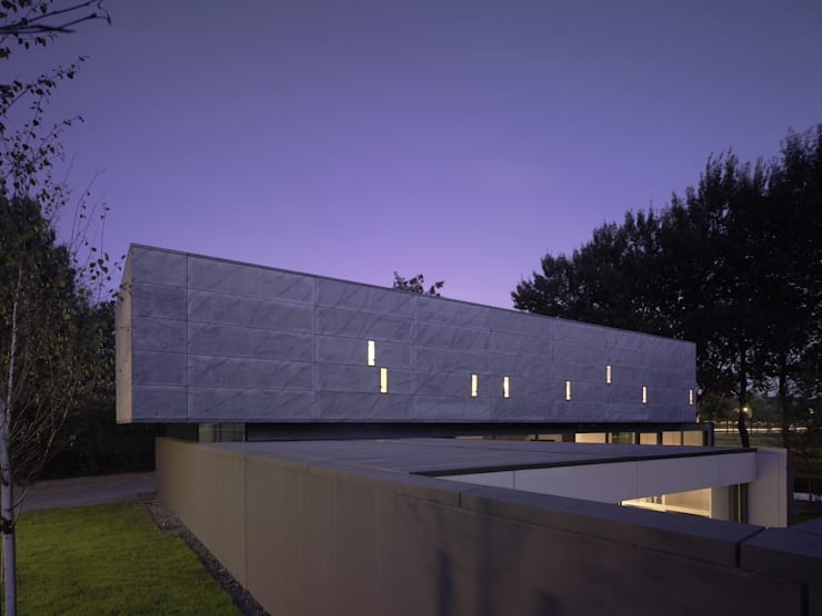 Project X Almere:  Huizen door Rene van Zuuk Architekten bv