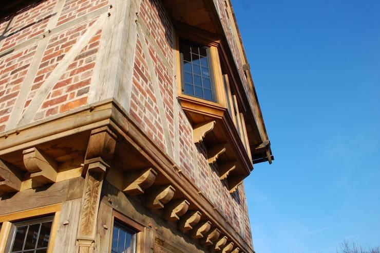 Oak Windows and Timber Frame:  Houses by Arttus