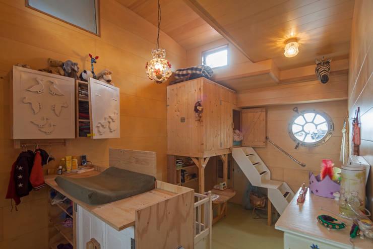 WOONSCHIP LA GONDOLA_07:  Jachten & jets door HOYT architecten