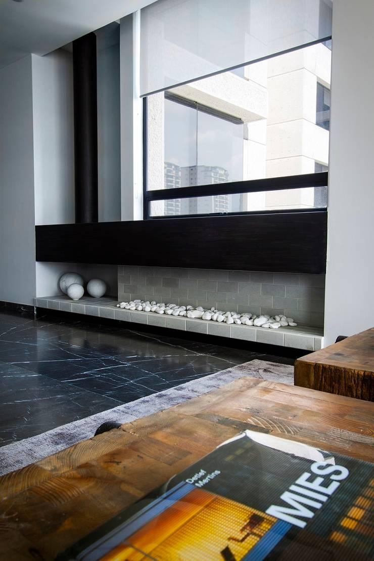 Departamento CL: Pasillos y recibidores de estilo  por Concepto Taller de Arquitectura