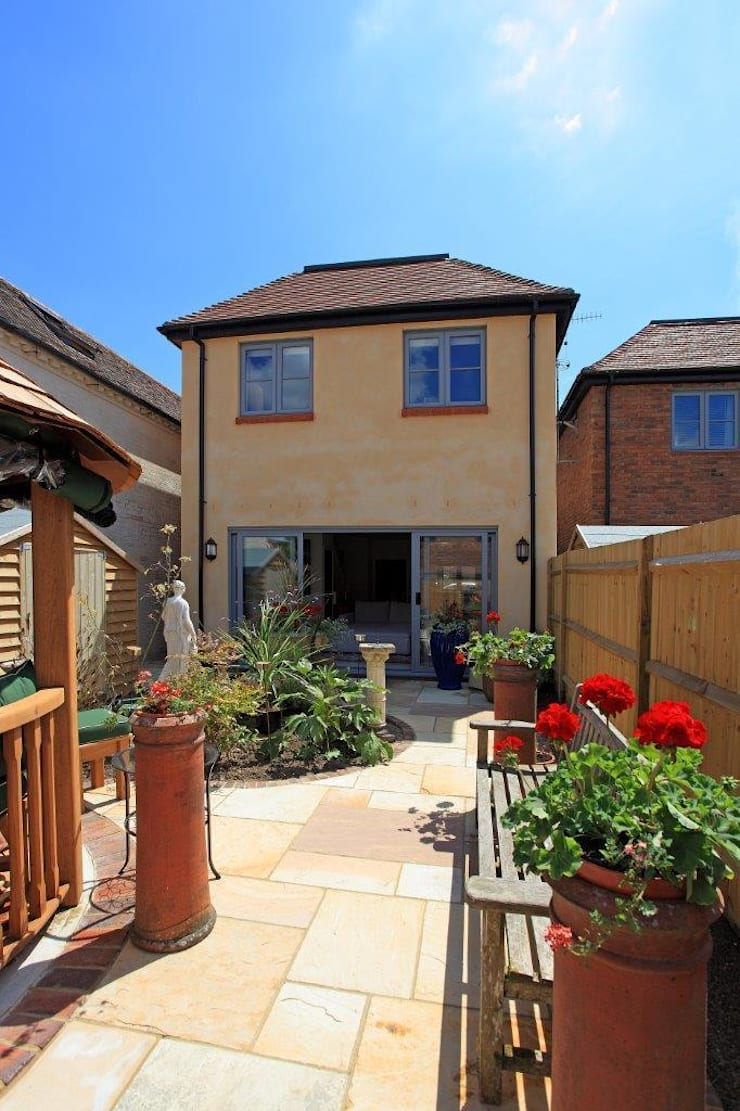 New build West Sussex UK:  Houses by At No 19