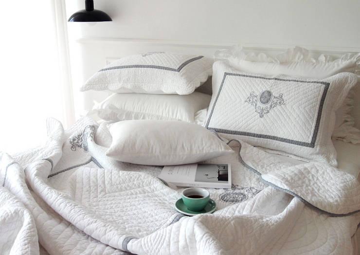 킹덤 여름 차렵 베딩세트: 메종드룸룸의  침실