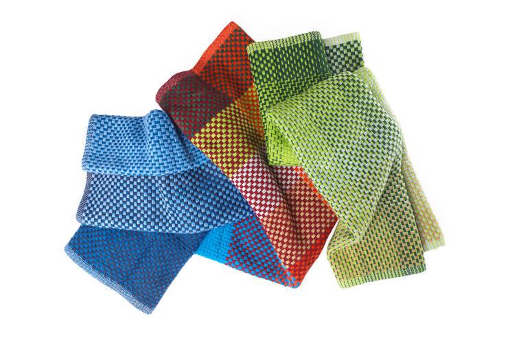 Hogar de estilo  por Simon Key Bertman Textile Design & Art