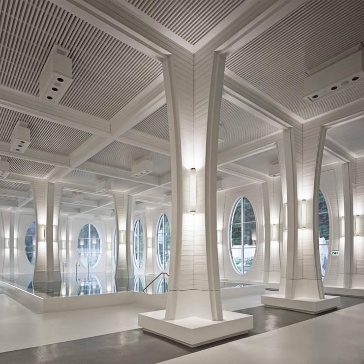 Indoor pool:  Veranstaltungsorte von Smolenicky & Partner Architektur GmbH