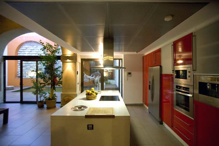 Cocina: Cocinas de estilo  de pxq arquitectos