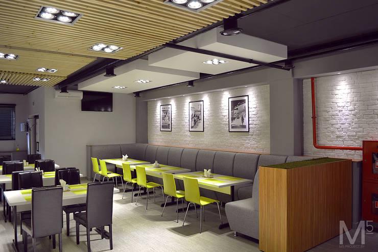 Интерьер пиццерии  #buongiorno: Ресторации в . Автор – M5 studio