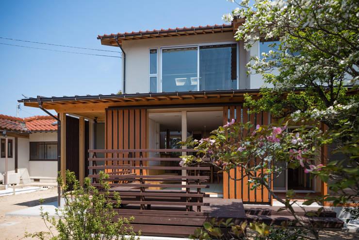 南外観: 小野育代建築設計事務所が手掛けた家です。