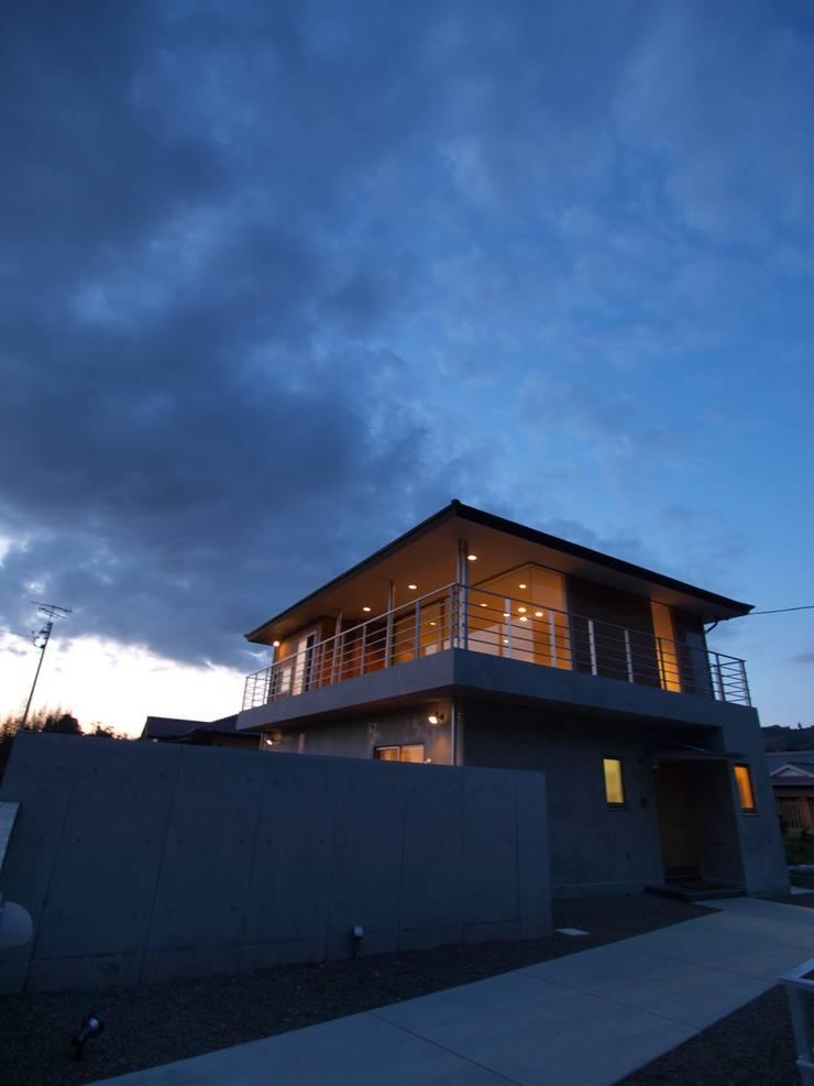 OPEN AIR HOUSE: 徳永建築事務所が手掛けた家です。