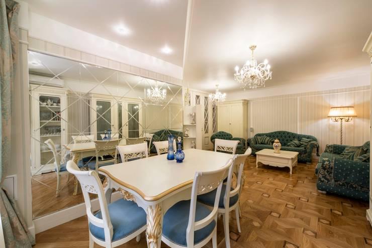 гостиная:  в . Автор – Архитектурно-дизайнерское бюро Натальи Медведевой 'APRIORI design'