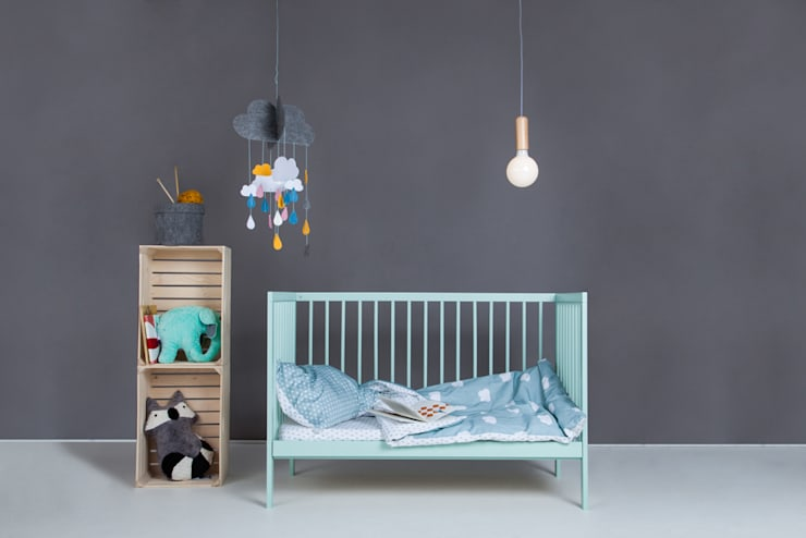 Nursery/kid's room by moKee