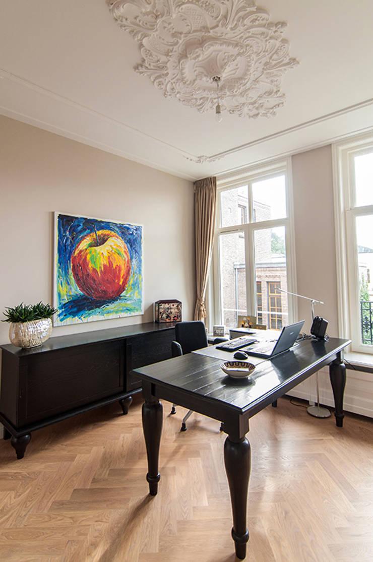 書房/辦公室 by Lumen Architectuur, 古典風