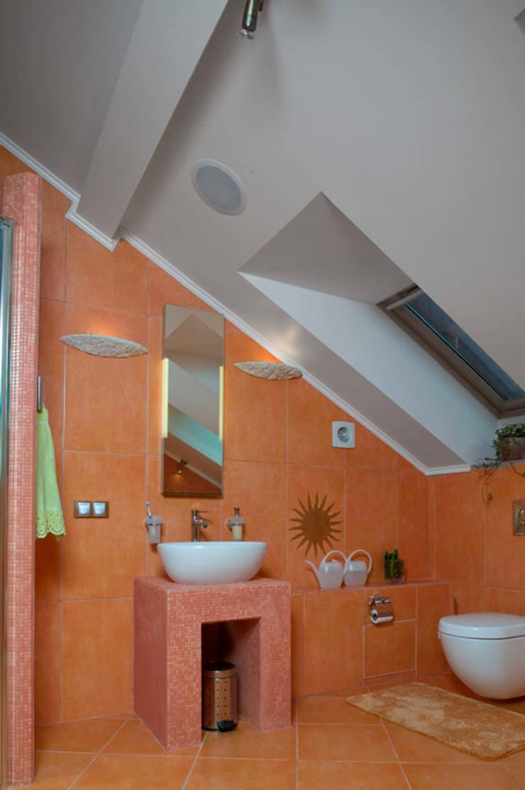 """<q class=""""-first"""">Скандинавия</q>: Ванные комнаты в . Автор – дизайн-группа 'Лестница'"""
