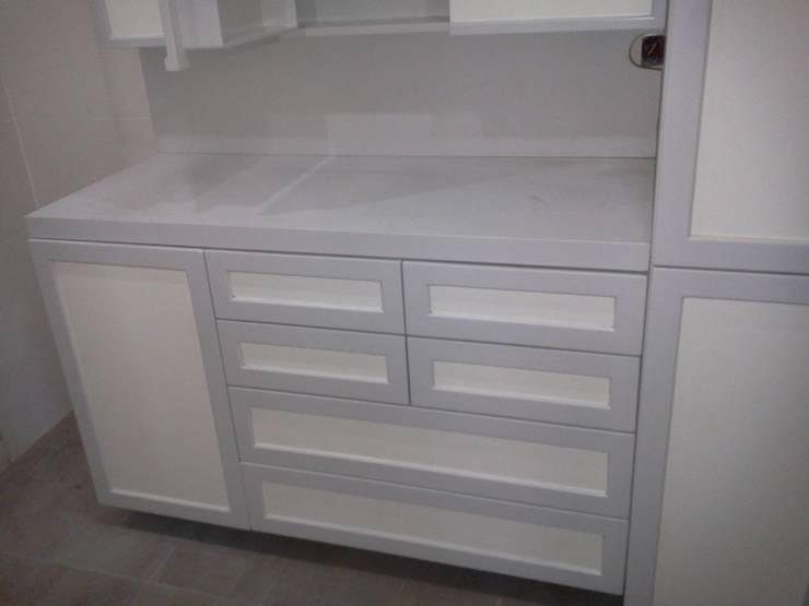 Mina Mobilya – Ölçüye Özel Dekorasyon:  tarz Yatak Odası,