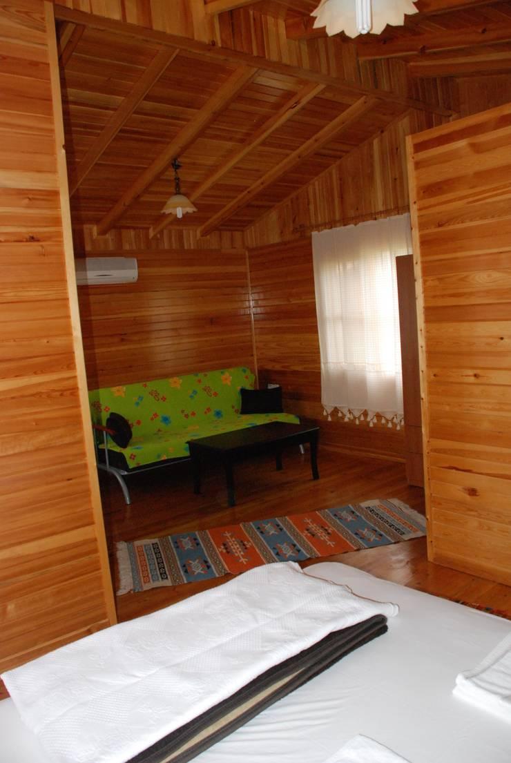 Özge Hotel & Bungalow – Özge Bungalow: modern tarz Oturma Odası