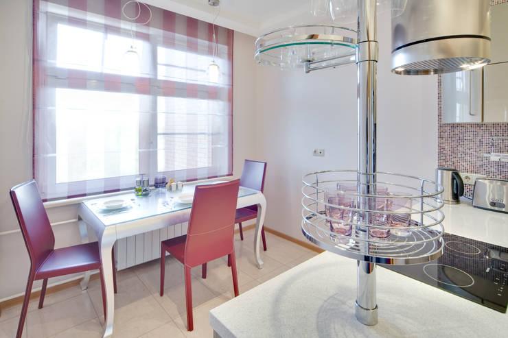 кухня:  в . Автор – Архитектурно-дизайнерское бюро Натальи Медведевой 'APRIORI design'