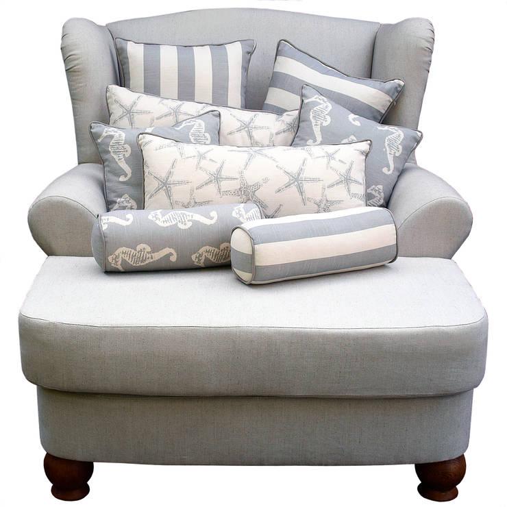 Fotel Dreamer Wielki od www.hamptonhouse.pl: styl , w kategorii Salon zaprojektowany przez Hampton House