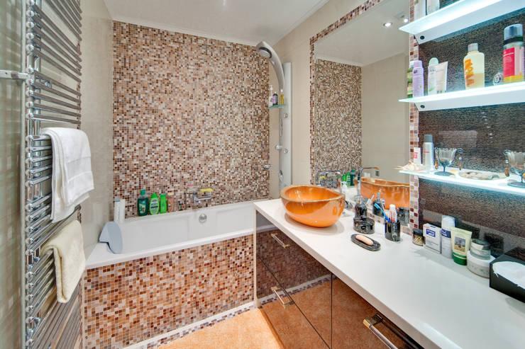 ванна:  в . Автор – Архитектурно-дизайнерское бюро Натальи Медведевой 'APRIORI design'