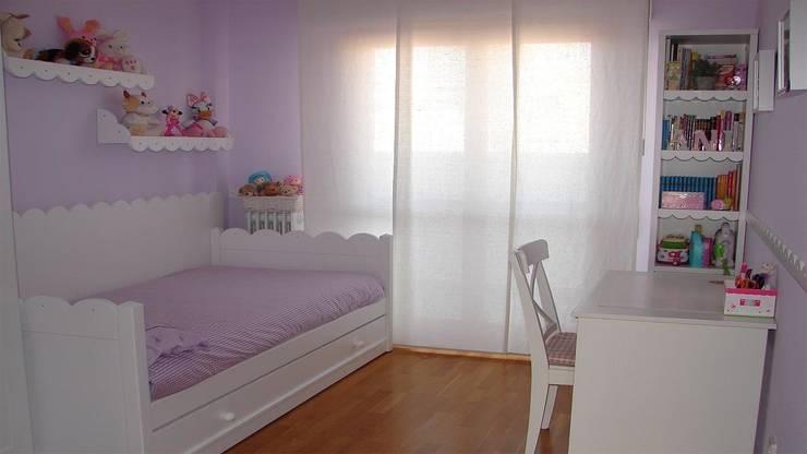 Habitacion infantil DM lacado: Dormitorios infantiles de estilo clásico de LA ALCOBA