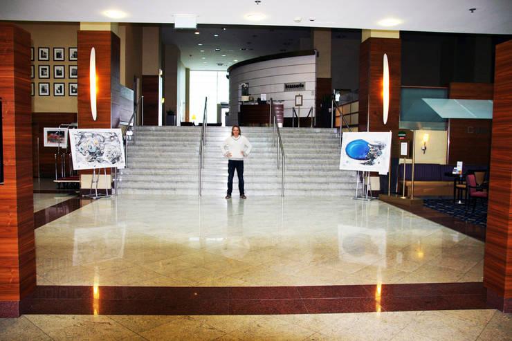 """""""ARCHITECTURE OF DESIRE"""" MARRIOT COURTYARD AIRPORT HOTEL EXHIBITION view3: styl , w kategorii Sztuka zaprojektowany przez Filip Kurzewski"""