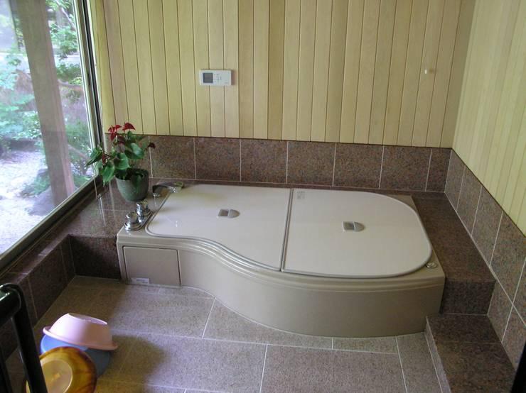 浴室: ie工房 弘祐が手掛けたです。