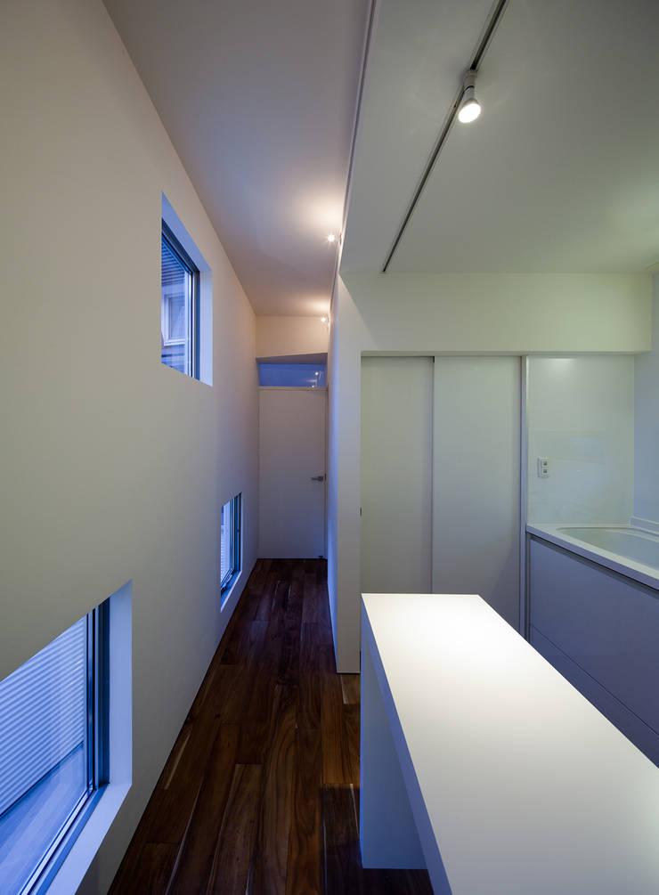 キッチン: 岩瀬隆広建築設計が手掛けたキッチンです。,
