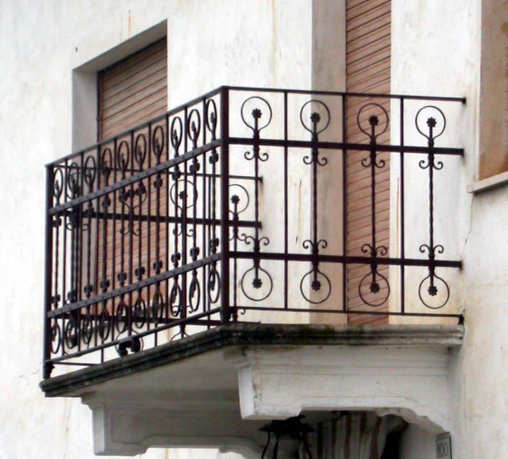 Terrazas de estilo  de Zuhause Claudio Molinari