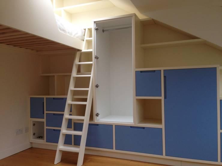 Bedroom by ProSpray London Ltd
