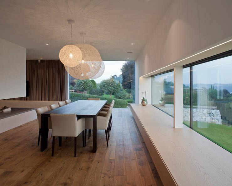 Comedores de estilo moderno por Frohring Ablinger Architekten