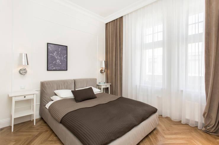 RAKOWICKA 8 – 52m2: styl , w kategorii Sypialnia zaprojektowany przez UNQO