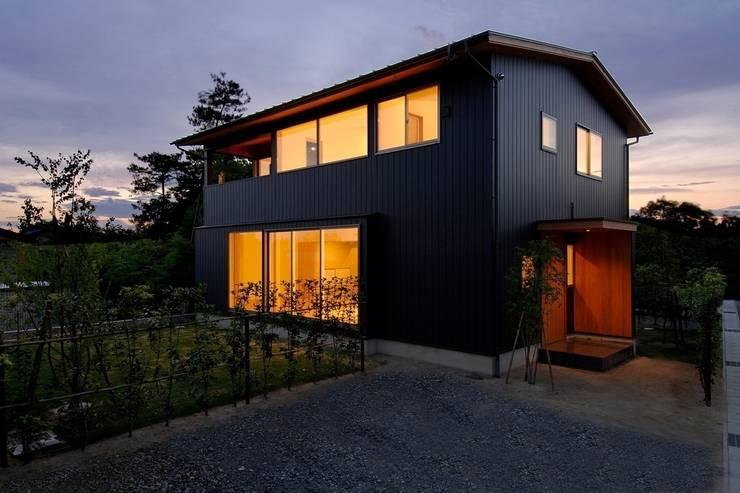 八龍の家 / House in Hachiryu : 市原忍建築設計事務所 / Shinobu Ichihara Architectsが手掛けた家です。,モダン