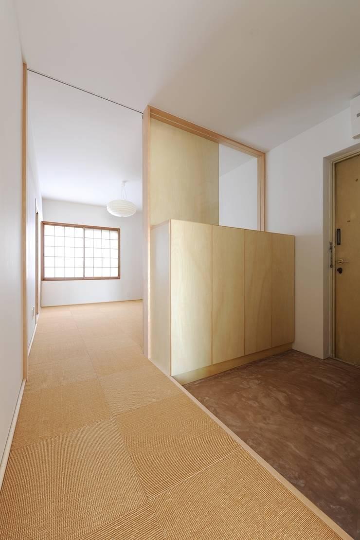 池下の家 / House in Ikeshita: 市原忍建築設計事務所 / Shinobu Ichihara Architectsが手掛けた和室です。