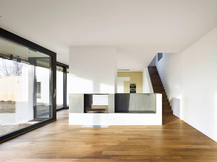 Projekty,  Salon zaprojektowane przez rüegg sieger partner ag