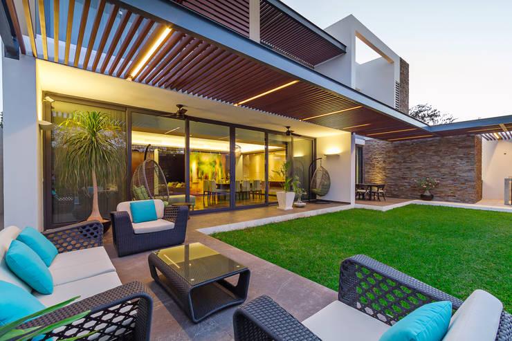 Terrazas de estilo  por Enrique Cabrera Arquitecto