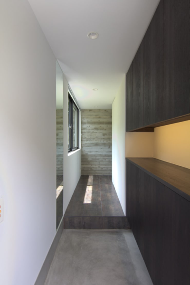 wedge: tentline(テントライン)が手掛けた廊下 & 玄関です。,