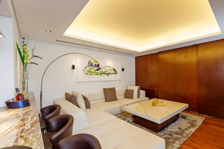 Enrique Cabrera Arquitecto: modern tarz Oturma Odası