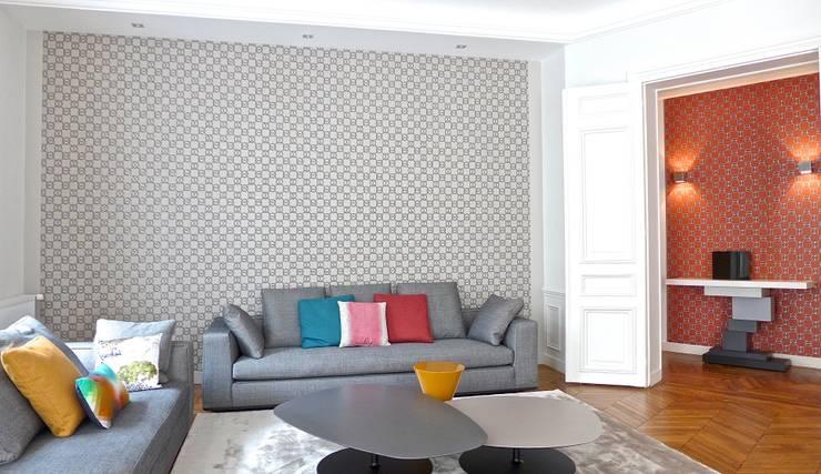 Canapé, Papier peint: Salon de style  par Fella DESPRES, Décoration D'intérieur.