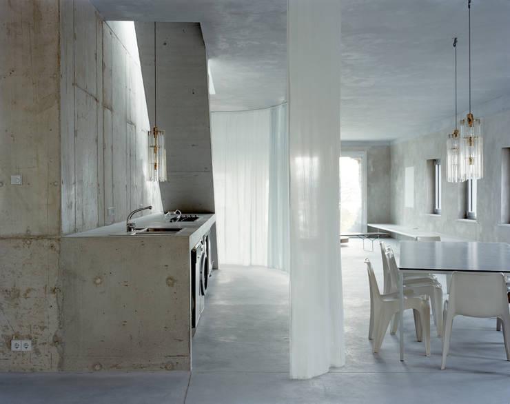 Kitchen by Brandlhuber+ Emde, Schneider