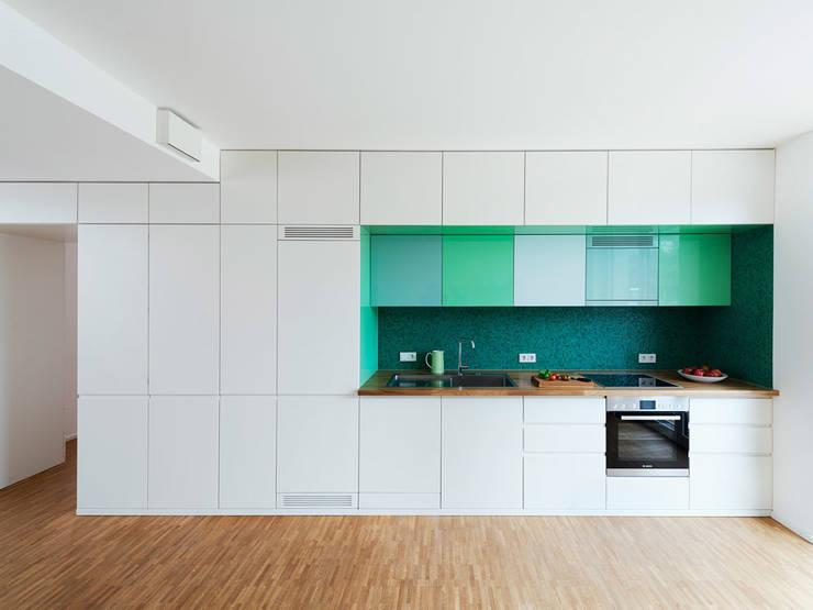 Cozinhas modernas por IFUB*