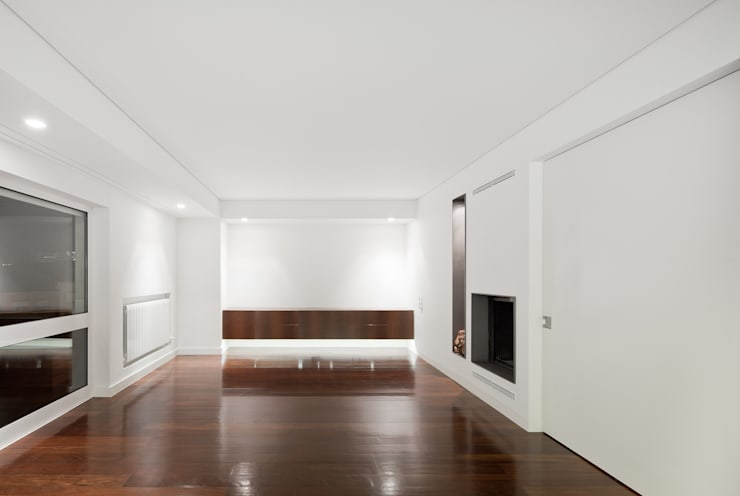Apartamento Palma: Salas de estar  por Pedra Silva Architects