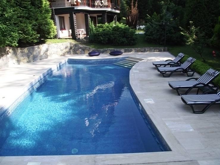 Sessiz Ev – Havuz:  tarz