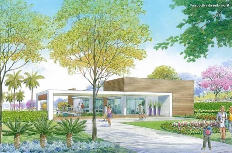 Paisagismo do Fitness projetado para a URBPLAN Condominios: Fitness  por Roncato Paisagismo e Comércio de Plantas Ltda