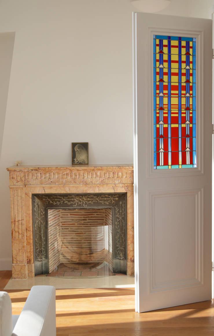 Vitraux pour une double porte windows doors by catherine nafziger atelier kats vitrail